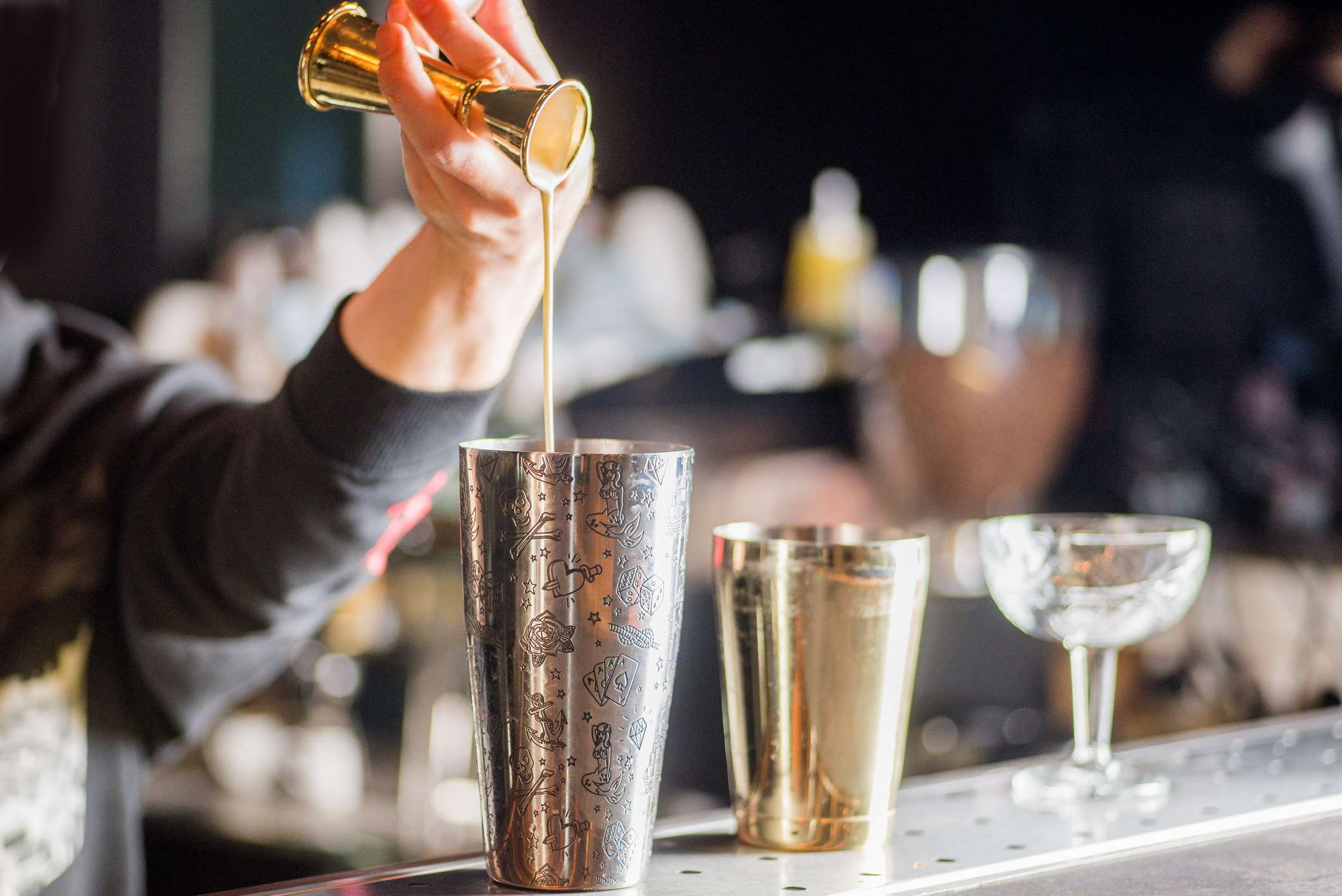 10 tips how to open a bar without any experience
